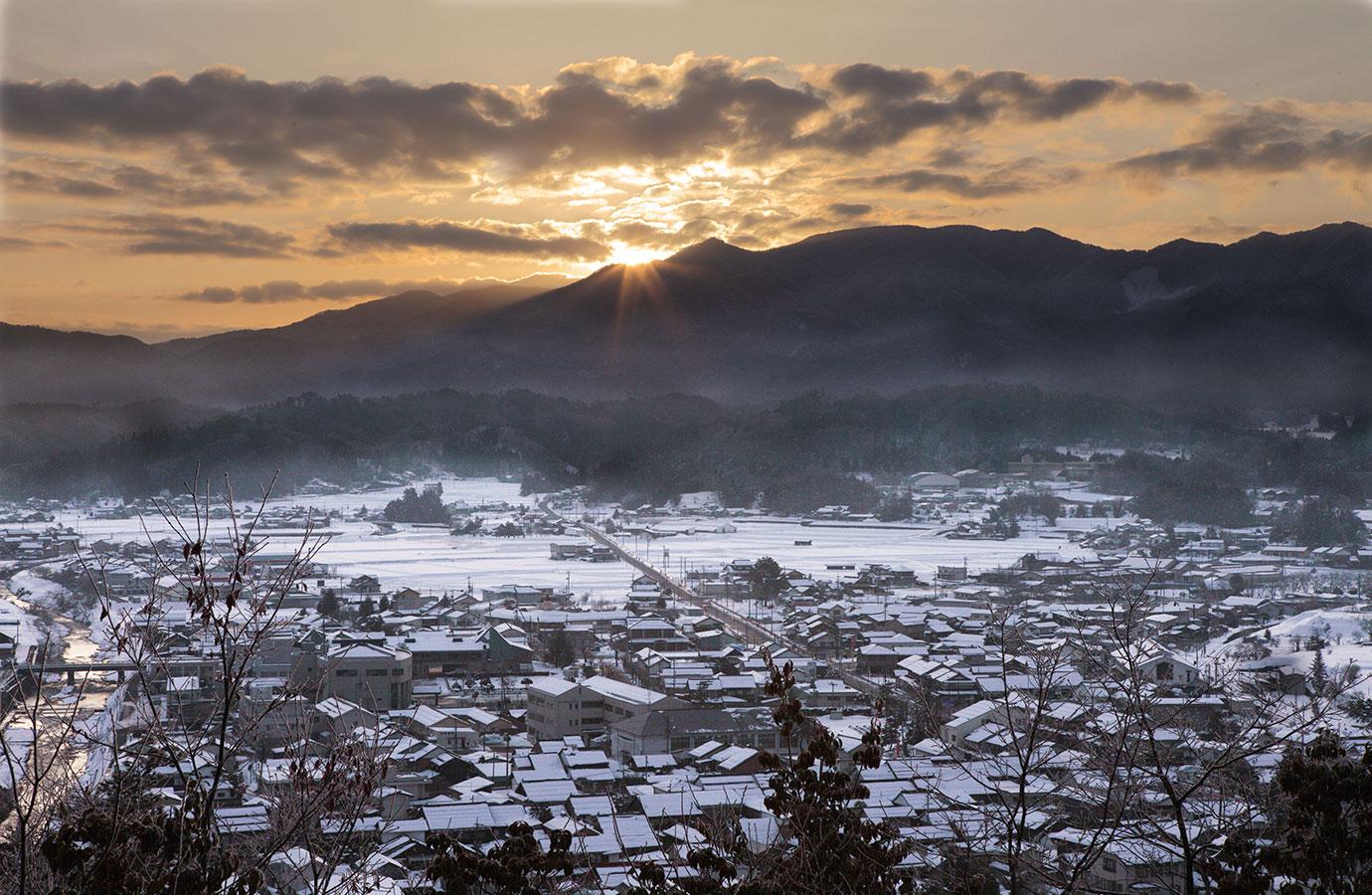 雪の町の風景