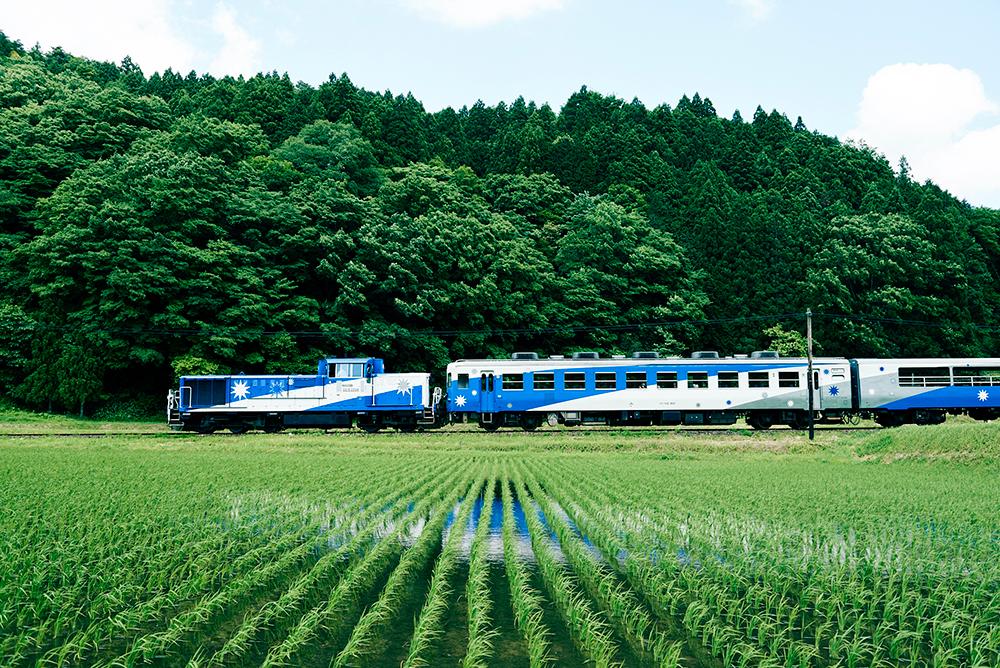 木次線トロッコ列車